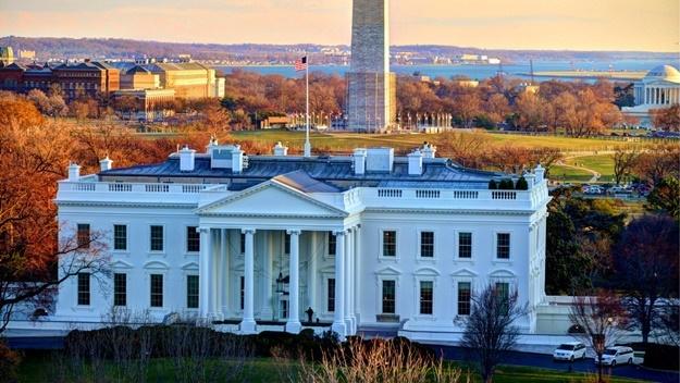 The White House   © www.GlynLowe.com
