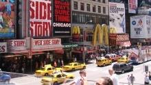Den 6: Times Square, Central Park ačeská hospůdka vQueensu