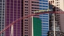 Na horské dráze uhotelu New York, New York vLas Vegas vás dokonce oddají!