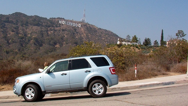 Nápis Hollywood z Canyon Lake Drive   ©  Average Jane