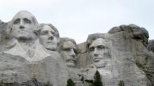 Národní památník Mount Rushmore: Skála, do které jsou vytesáni američtí prezidenti