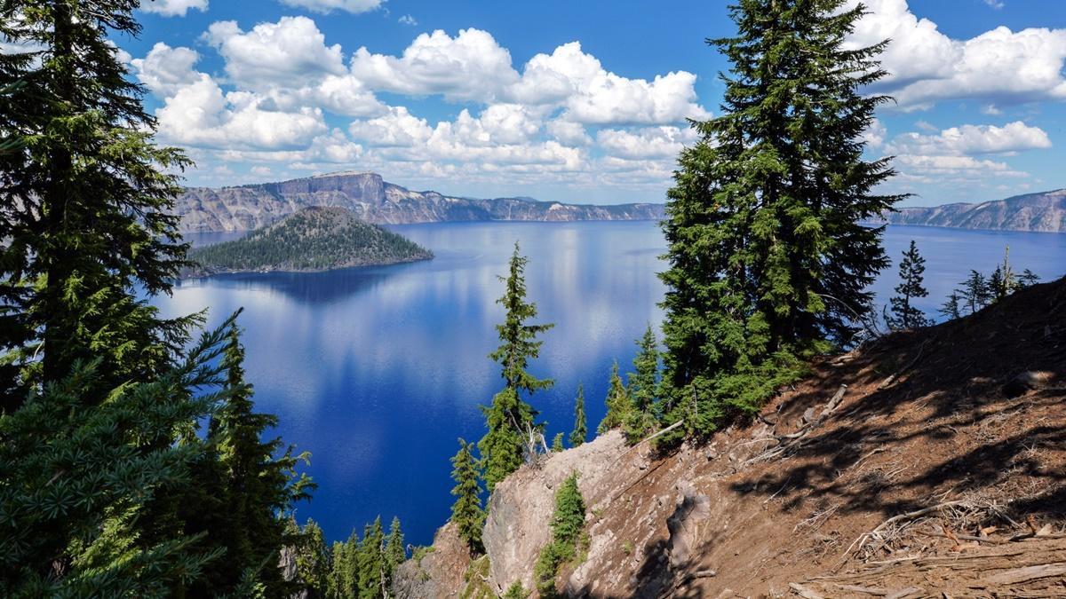 Národní park Kráterové jezero (Crater Lake National Park) | © Jonathan Miske