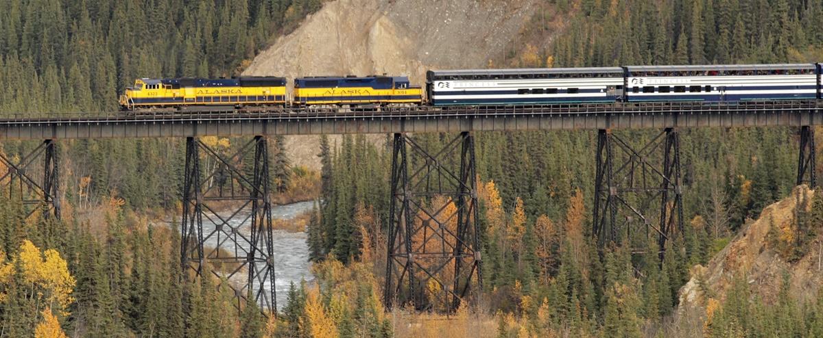 Alaska Railroad | © Frank Kovalchek
