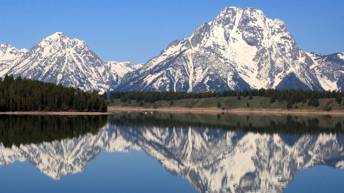 Mount Moran a Jackson Lake v NP Grand Teton