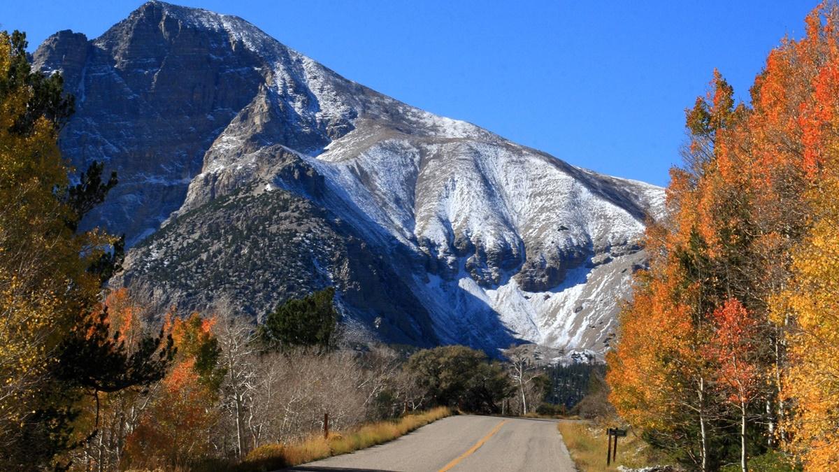 Wheeler Peak v NP Great Basin   © Frank Kovalchek