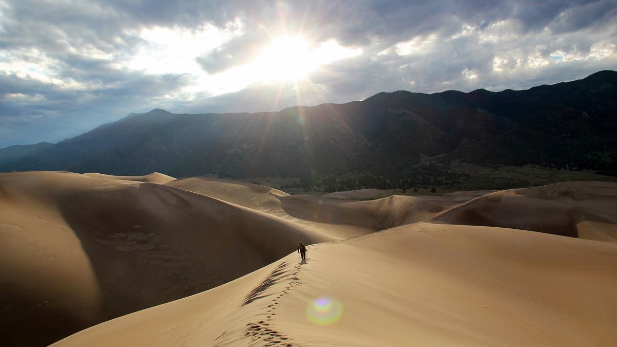 Great Dune v národním parku Great Sand Dunes | © daveynin