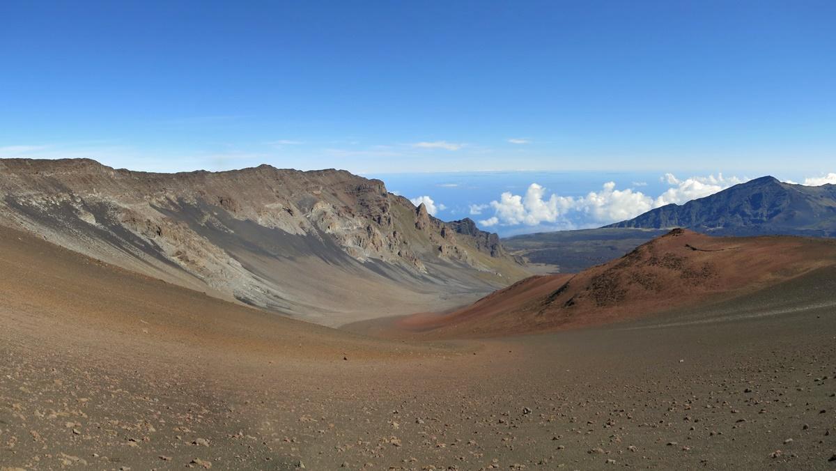 Stezka Sliding Sands Trail v NP Haleakala | © Eric Titcombe