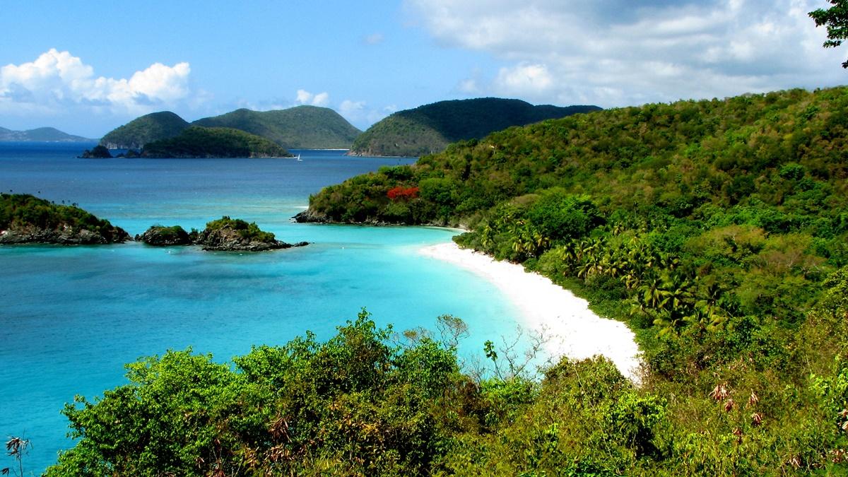 Trunk Bay, NP Virgin Islands | © Rennett Stowe
