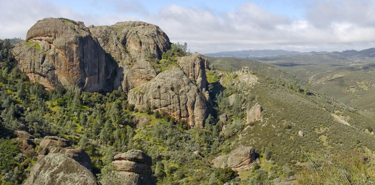 Balconies Cliffs, Národní park Pinnacles | © Miguel Vieira
