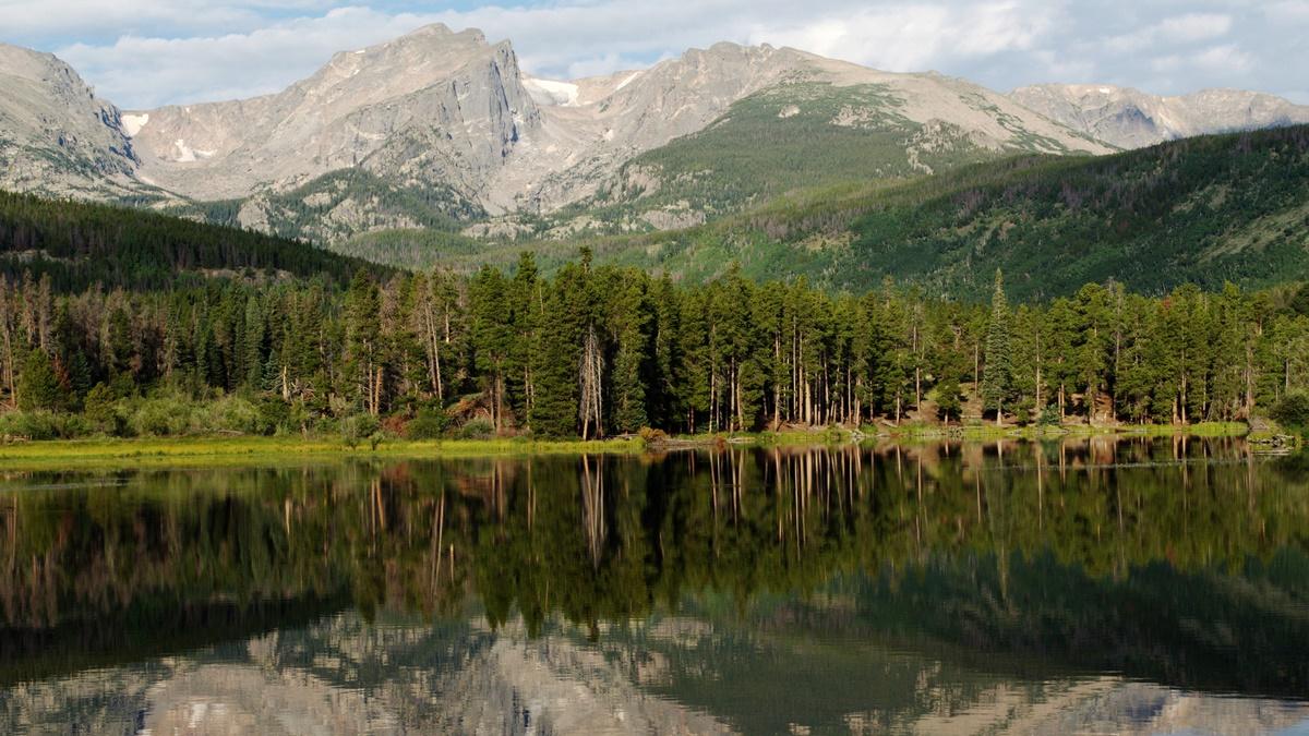 Jezero Sprague Lake | © Sharon