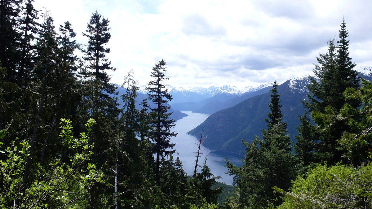 Desolation Peak, North Cascades National Park   © Mike Haeg