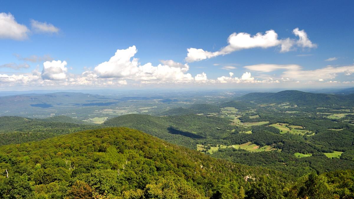 Národní park Shenandoah ve Virginii | © Madeleine Deaton