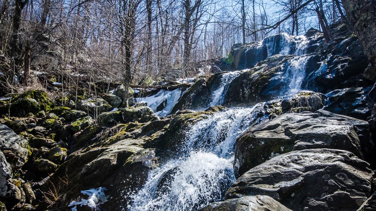 Vodopády v národním parku Shenandoah | © m01229