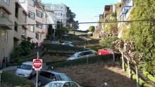 Nejzakroucenější ulice světa Lombard Street aVermont Street naleznete vSan Franciscu