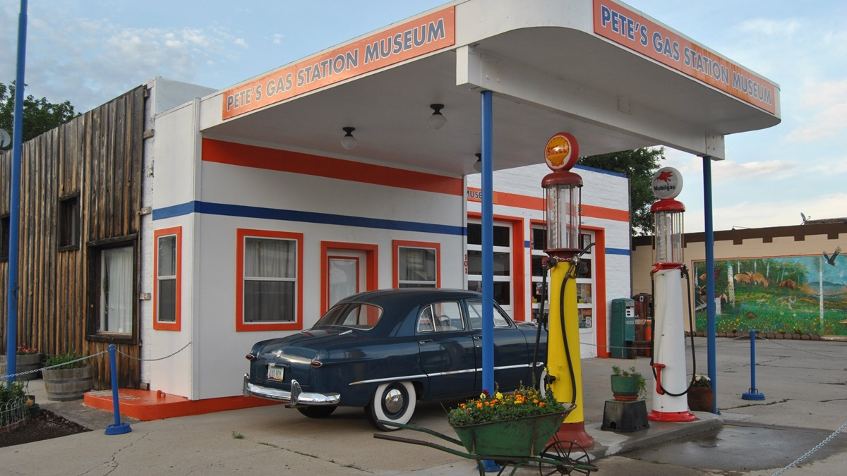 Pete's Route 66 Gas Station Museum | © Loco Steve