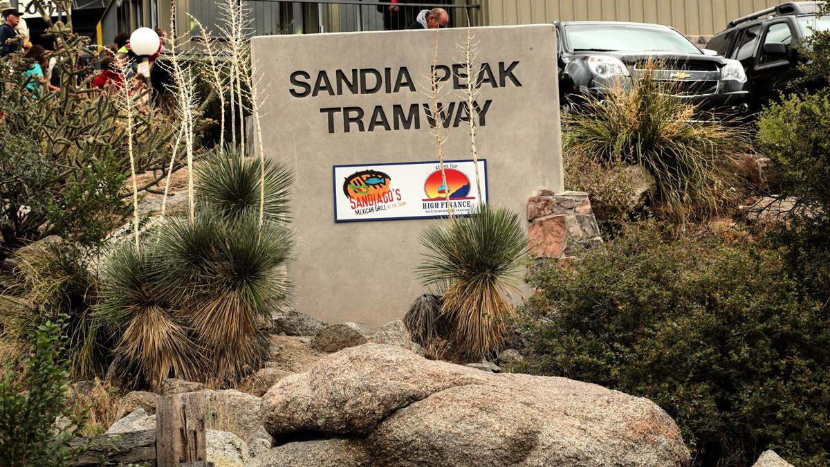 Sandia Peak Tramway | © gardener41
